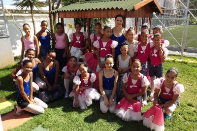aula-de-ballet-associacao-ponto-cultural